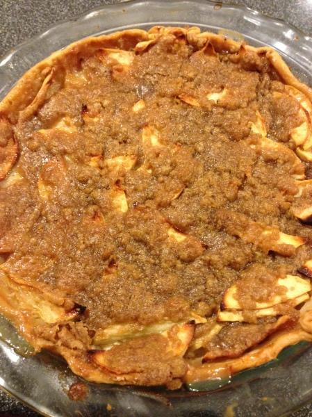 20140704 Sour Cream Apple Pie 01