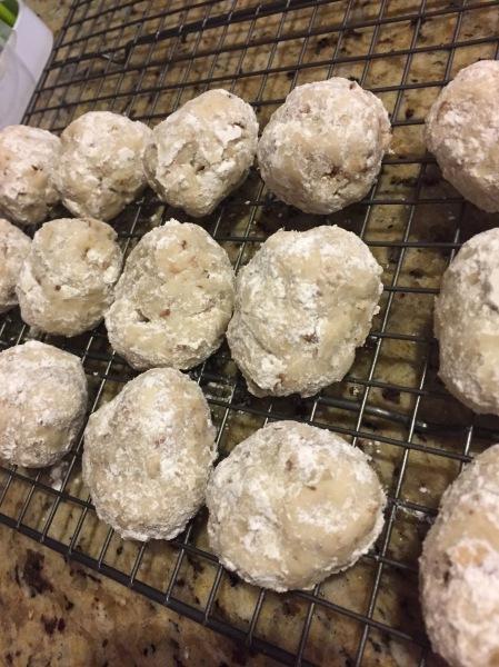 20181223 Pecan Snowballs